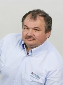 Révész<br>Tibor